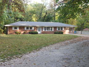 Collinsville IL Rental Pet Friendly!: $1,075 mo
