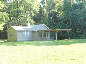 Caseyville IL Rental Pet Friendly!: $745 mo