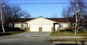 Residential Closed: 3037 N Center