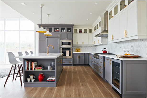 2018 Home Design Trends - Two-toned Cabinets