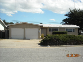 Single Family Home For Rent: 161 Hilo Ave