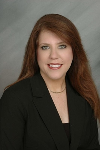 Kimberly Lux Deltona real estate agent, Florida real estate agent