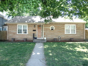 Single Family Home For Rent: 210 N Jefferson