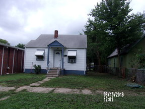 Single Family Home For Rent: 1117 N Adams St.