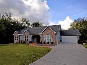 Single Family Home For Lease: 181 Dudi Trail