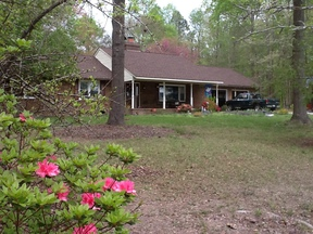 Smithfield VA Single Family Home For Sale: $269,000