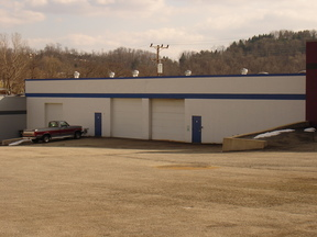 N. Versailles PA Commercial For Lease: $4 .90 per sq. ft.