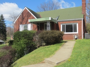 Monroeville PA Single Family Home Rented: $850 Per Month