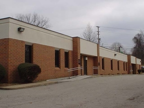 Commercial For Lease: 2571 Mosside Blvd