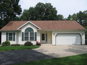 Residential Closed: 22618 Burmeister Rd