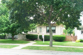 Residential Closed: 4247 S  Howell Avenue