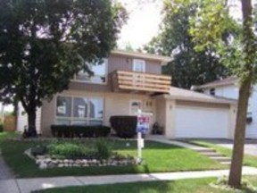 Residential Closed: 7732 N 80th St.