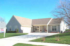 Residential Closed: 6948 W SOUTHVIEW DR