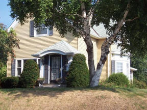 Residential Closed: 3028 E. Norwich Ave.