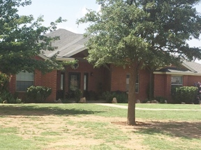 Lubbock TX Single Family Home Under Contract: $250,000