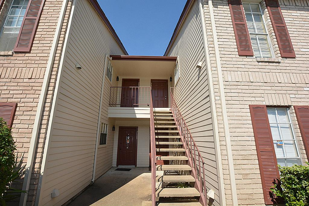 texas medical center townhome for rent