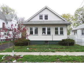 Single Family Home sold: 77 High St.