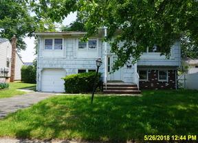 Single Family Home Sold: 20 Arthur St