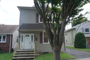 Multi Family Home Sold: 303 South Parkway