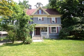 Single Family Home Sale Pending: 1027 Myrtle Ave.