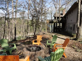 Rogers AR Single Family Home Beaver Point Retreat: $300 Per Night