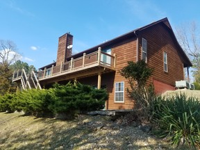 ROGERS AR Single Family Home BONNIE & CLYDE'S: $520 Per Night