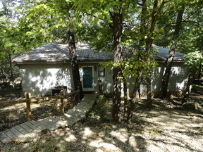 Single Family Home MOONBEAM COTTAGE: 11852 White Oak