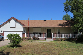 Bentley KS Single Family Home Sale Pending: $129,900