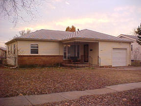 Residential Closed: 1809 W. Dallas