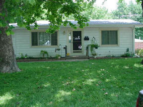 Residential Closed: 320 N. Colby