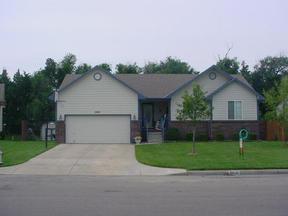 Residential Closed: 2818 N. Bellwood