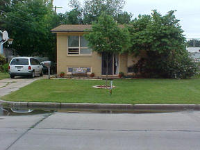 Residential Closed: 2138 S. Everett