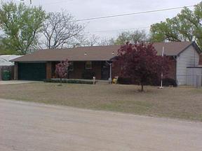 Residential Closed: 400 N. Elder