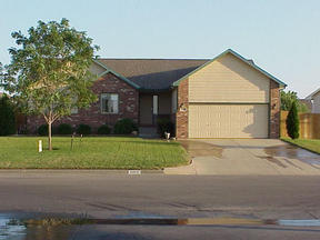 Residential Closed: 9109 Meadow Knoll
