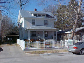 Residential Closed: 1717 N. Market