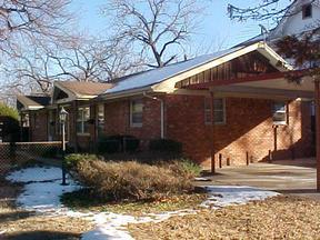 Residential Closed: 1218-1220 N. Carlos