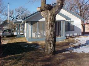 Residential Closed: 327 N. Elder