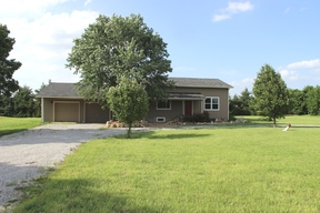 Single Family Home Sold: 16542 North 80th