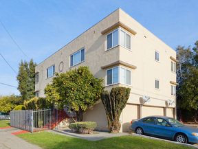 Oakland CA Multi Family Home Sale Pending: $729,000