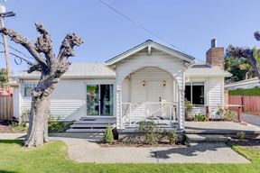 Single Family Home Sold: 4327 Arthur Rd