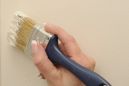 Is It Possible To Touch Up Wall Paint Successfully