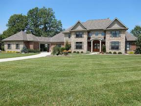 Single Family Home Sold: 556 Lakewood Farms Dr