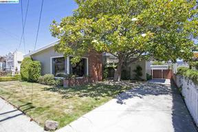 Single Family Home Sold: 622 33rd St