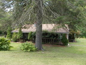 Single Family Home No 32 - Naimon: 5174 US Route 6 West