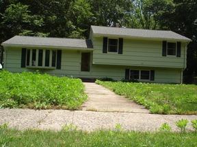 Residential Closed: 20 BLAKESLEE RD.