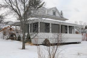 Single Family Home Sold: 76 School Street