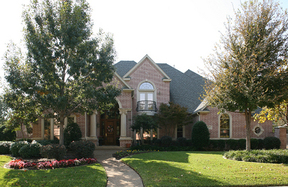 Residential Closed: 1007 Ashlawn Drive