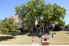 Residential Closed: 2317 Ember Woods Drive