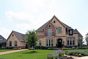 Residential Closed: 905 Chateau Ct