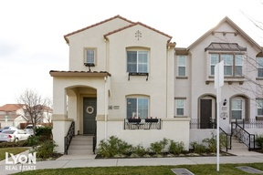 Single Family Home Sold: 3064 Village Plaza Dr